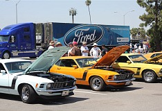 boss 302 mustangs at fabulous fords forever